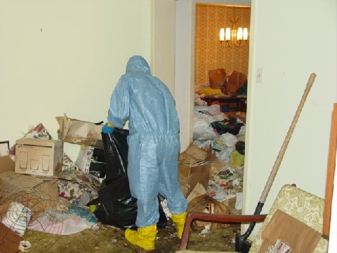 Hoarding Cleanup Services 51